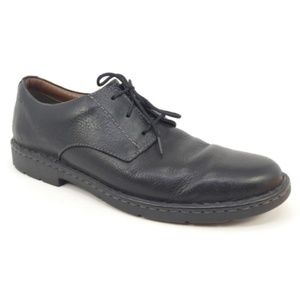Clarks 1825 Stratton Way Black Leather Oxfords